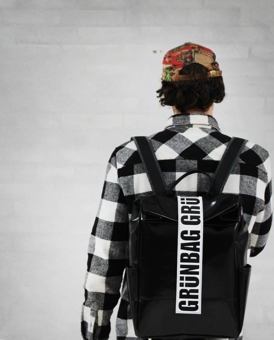 Black Backpack Alden-06