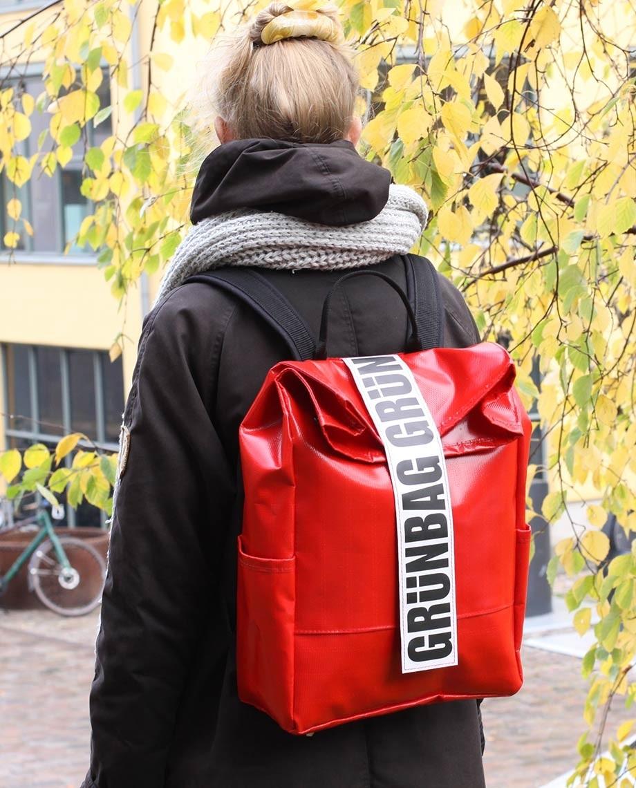 RedBackpackAlden-010