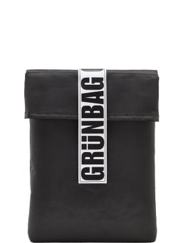 BlackGRNBAGSleeve13-20