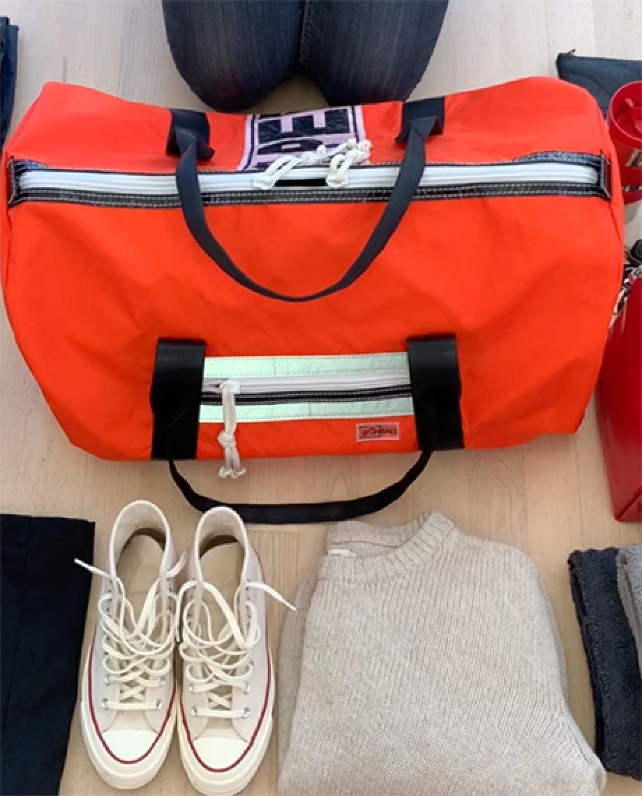 0__=__youtube___inside the Viking sport maxi bag___https://www.youtube.com/embed/SeuXn5hx30c___SeuXn5hx30c